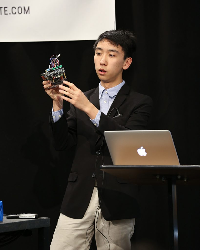 KTBYTE robotics club student Arthur Zhang wins award